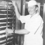 Bäcker Bachmeier Bäcker (schwarz-weiß)