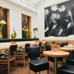 Bäcker Bachmeier Neuötting Tische und Stühle